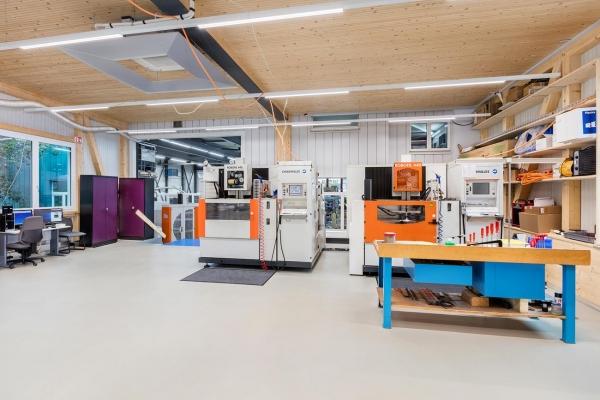 ANB Boumi AG Werkzeug- und Formenbau