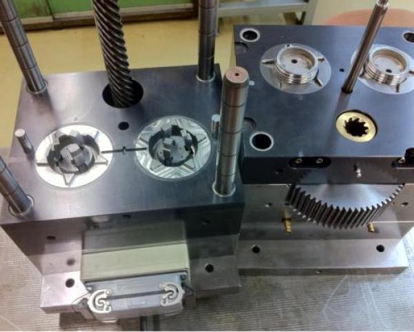 Werkzeug- und Feinmechanik AG
